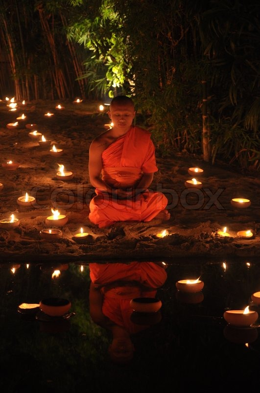5696166-chiang-mai-thailand-dec-31-buddhist-monk-meditation-on-dec-31-2012-in-phan-tao-temple-chiangmai-thailand.jpg